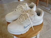 Nike Walking Shoes  Lincoln, L0R
