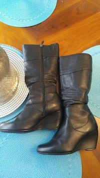 pair of brown leather boots size 8 $25 Saint John, E2J 2L5