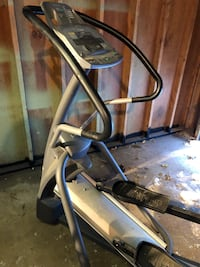 Black and gray elliptical trainer Winnipeg, R2W 0P7