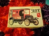 Budweiser 23T delivery van 1:25 AMT Thompson, 65285