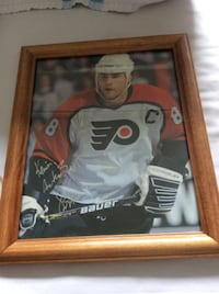 Eric Lindros Autographed Picture Personalized To Kevin TORONTO