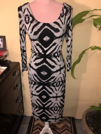 Size Small Body Con Dress  Toronto, M1B 1E1