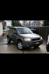 2004 Ford Escape XLT 4x2