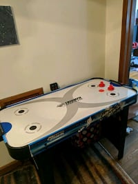 Air Hockey Table. (Electric) Columbus, 43209
