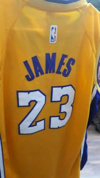 orange and blue Los Angeles Lakers 24 jersey Montréal, H3N 2R6