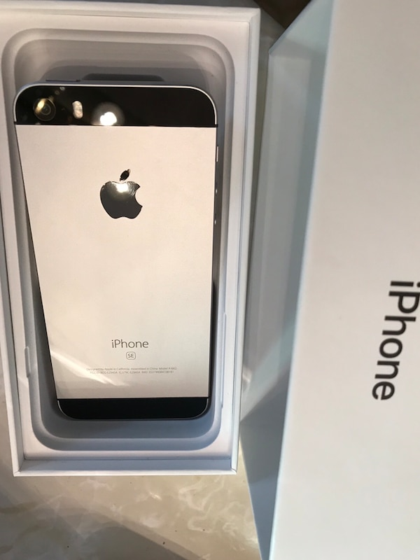 571ea012a50ce6 Used Space gray iphone SE (Special Edition) for sale in Lawrenceville -  letgo