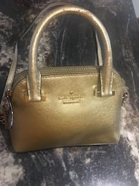 Small authentic kate spade crossbody bag Pickering, L1X 1Y4