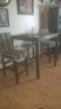 Bar style table with 2 chairs Edmonton, T6E 4M8