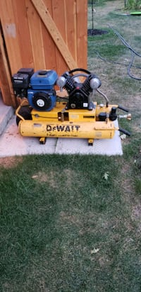 Dewalt air Compressor  Simcoe County, L9X 0S5