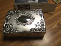 Silver plated jewelry box Virginia Beach, 23462