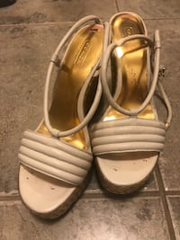 "Ladies ""Coach"" sandals Cambridge, N1S 0A5"