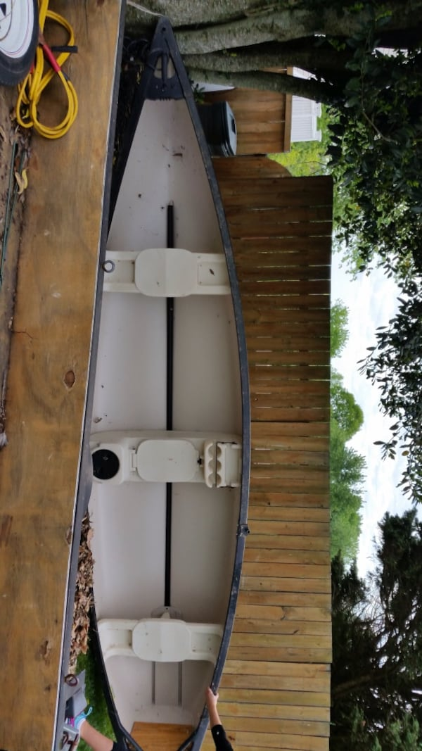 Canoe/Scanoe - Old Town - SportsMaster - 15' 1