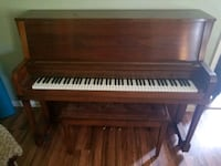 Everett Studio Upright Piano with Bench Bel Air, 21014