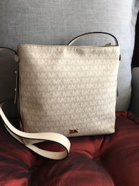 brown and white Michael Kors leather tote bag Garden Grove, 92844