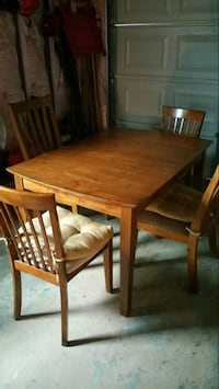 rectangular brown wooden table with four chairs dining set North Providence, 02911
