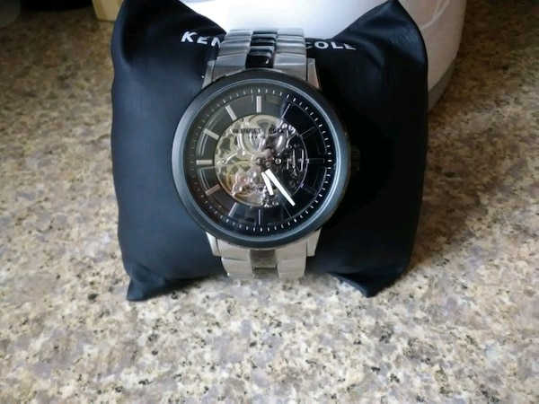kenneth cole watch 3atm 21 jewels 10026785