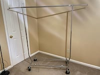 Movable Clothes hanging stand