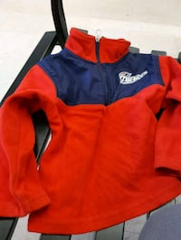 Kids sweater no size $10 Lower Sackville, B4C 4G3