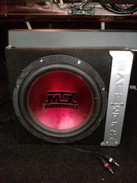 Amplifier and woofer