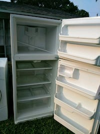 white top-mount refrigerator Dallas, 75212