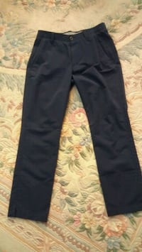 Like new condition. Under armor pants Dorval, H9S 1A9