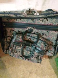 2 lg pcs of luggage . Christiana, 17509