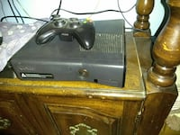 black Xbox 360 console with controller Thermal, 92274