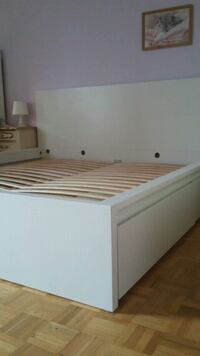KING Malm bed frame with 2 boxes Richmond Hill, L4C 1H8