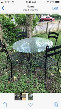Table, chairs, cushions for patio Silver Spring, 20901