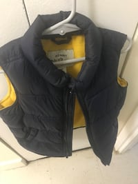 Old navy frost free jackets Yonkers, 10701