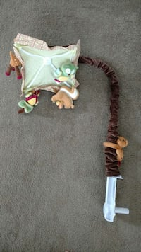 baby's green and brown crib mobile Saint Catharines, L2N 6C1