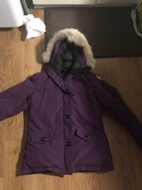 Canada Goose Coat Just came out from the dry cleaners  Barrie, L4M 1L9