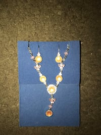 gold-colored necklace with earrings Winnipeg, R2R 2W8