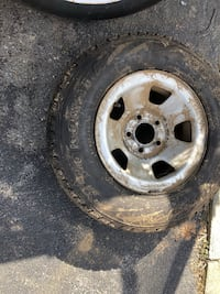 3 Chevy Astro rims and tires  Jefferson, 21755