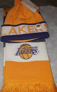 yellow-and-blue Los Angeles Lakers bobble hat and scarf
