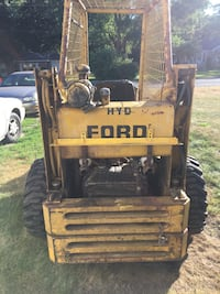 1974 Ford cl40 skid loader Elkhart, 46514