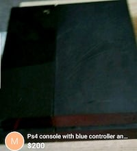 Ps4 with blue controller energizer  Toronto, M9A 5H5