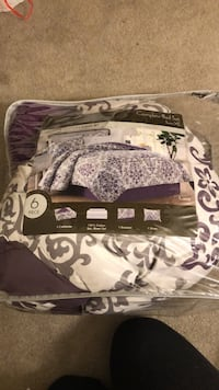 Twin XL bed set Indianapolis, 46254