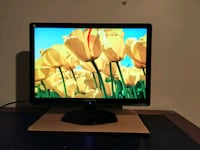 24 inch monitor in good condition - dvi vga Richmond Hill, L4S 1A9