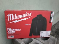 New Milwaukee M12 Heated AXIS Jacket size LG Albuquerque
