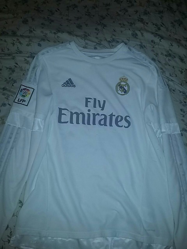 detailing d70b3 aab51 2016-2017 real madrid long sleeve size: large