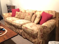 Used Couch  355 mi