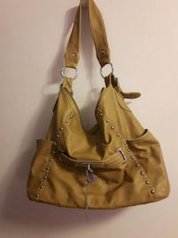 Shoulder purse Thorold, L2V 1Y3