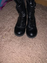 Girls Boot size 10