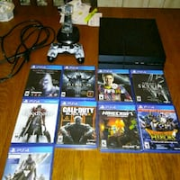 Sony PS4 console with controller and game cases Abbeville, 70510