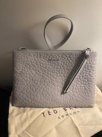 SALE ! Ted Becker purse for only 150. The pricetag is on purse Toronto, M3A 2G4