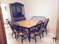 Canadel 10 piece Dining Table in solid maple Montréal, H3J 1S5