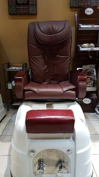 brown and white foot massager Mississauga, L5A 3R8