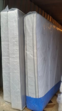 New king size mattress and box spring Silver Spring, 20902