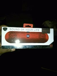 Red wireless blue tooth speaker
